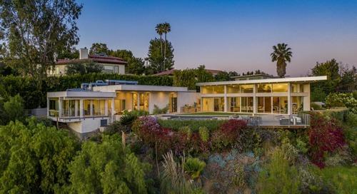 Juliette Hohnen Offers Modern Green Living at Tower Grove House
