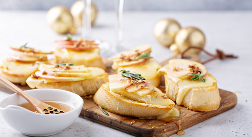 Recipe: Brie, Honey, and Apple Crostini