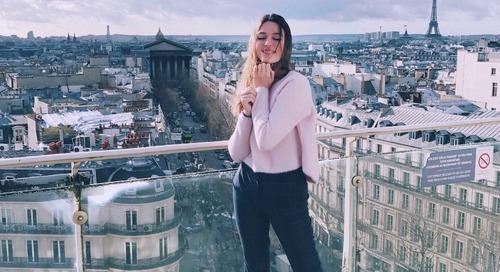 7 Pose Foto untuk Meningkatkan Jumlah Likes di Instagram
