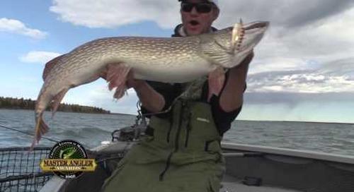 Giant Northern Pike Fishing in Manitoba - Manitoba Master Angler Minute