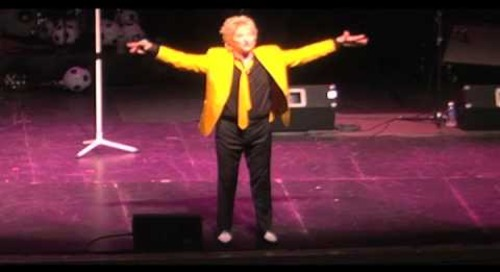 Rob Caudill as Rod Stewart - LIVE at The Paramount Part 3