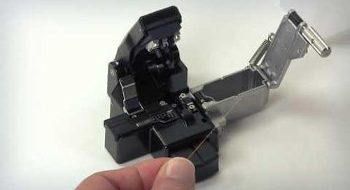 Using the AFL CT-06 Series Fiber Optic Cleaver