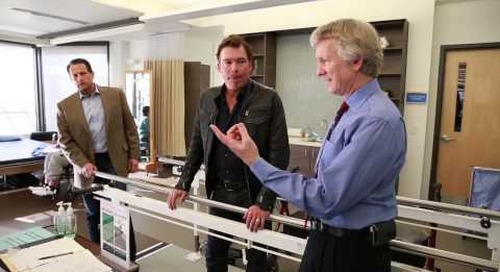 Clay Walker visits Swedish MS Center