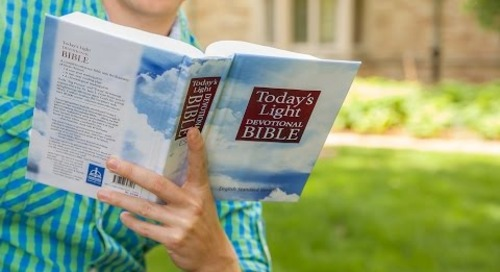 Today's Light Devotional Bible (Trailer)