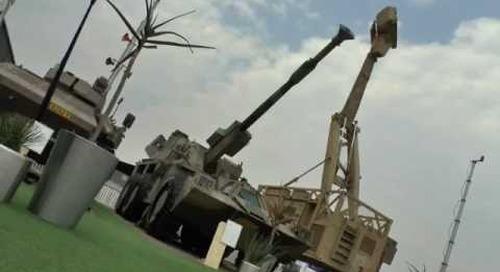 AAD 2016: G6 - 155mm mobile artillery system
