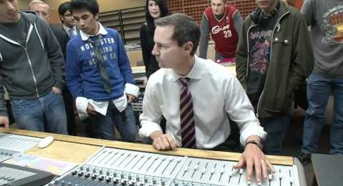 Platinum Premier: McGuinty tours Algonquin College's  new music production studio