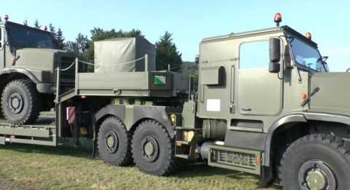 DVD 2016: Oshkosh Defense's Light EquipmentTransporter (LET) vehicle