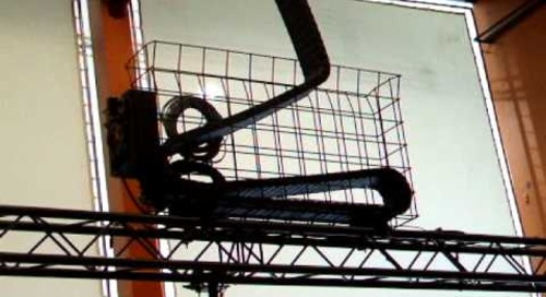 Zigzagging cable carrier application