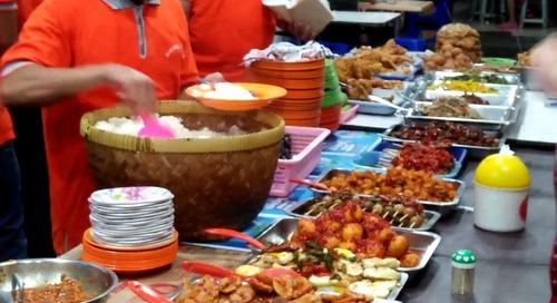 Sarapan di 5 Kedai Nasi Uduk Jakarta