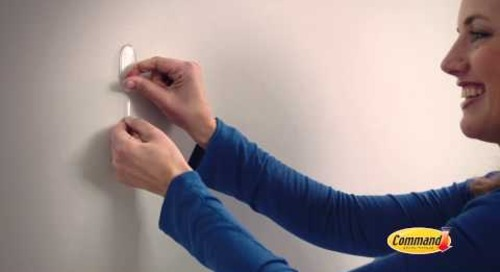 Command™ Clear Hooks for great decoration - TV Ad