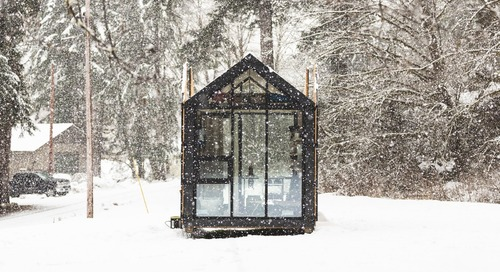 This Solar-Powered Cabin in Portland Was Set Up in Four Hours