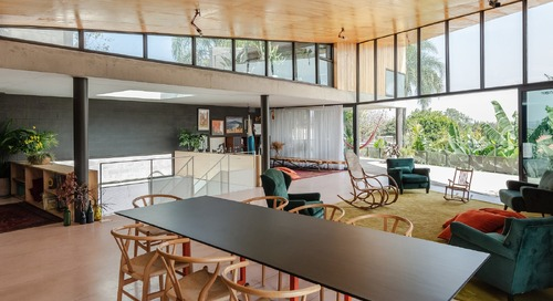 A São Paulo Home Welcomes Guests With an Invitingly Breezy Brutalism