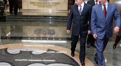 המערב יוצא נגד פעולות סוכנות המודיעין של הצבא הרוסי ודוחק את פוטין לפינה