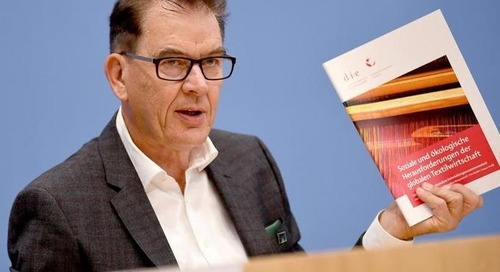 """""""Grüner Knopf"""" vorgestellt: Neues Siegel soll Kleidung fairer machen"""
