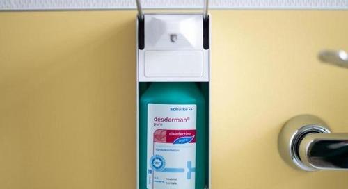 Merck und Henkell spenden 45 000 Liter Desinfektionsmittel - WELT