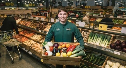 Morrisons the first supermarket to ban fruit plastic packaging