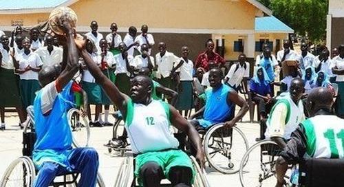 COVID-19 und Menschenrechte: Neuer UN-Bericht fordert behindertengerechten Wiederaufbau