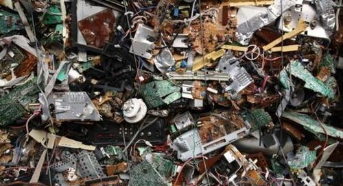 Les déchets électroniques dépassent les 53millions de tonnes en2019 - ZDNet