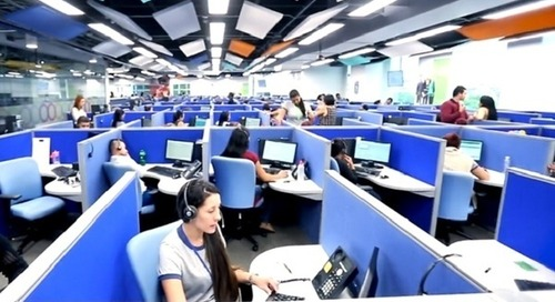 Téléperformance entre au CAC40 mais reste controversé sur le devoir de vigilance