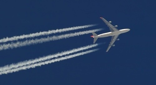 Airlines lack clear flight path to lower carbon emissions: researchers