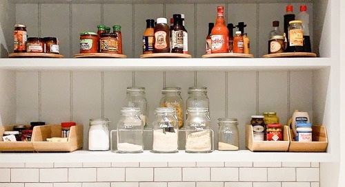 You Don't Need Plastic Organizers to Tidy Up Your Kitchen