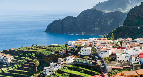 Get a bird's-eye view on a Canary Islands hiking tour