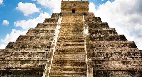 Stargazing, sports, and sacrifice at Chichén Itzá