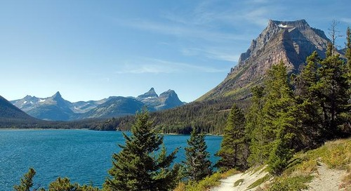 8 essential things to pack for America's national parks