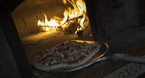 Recommended by G: The best pizza in Naples