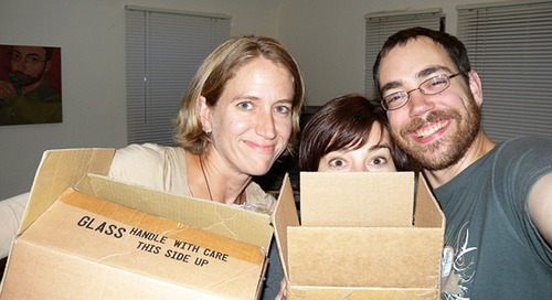 Helping a friend move: should-does and must-brings
