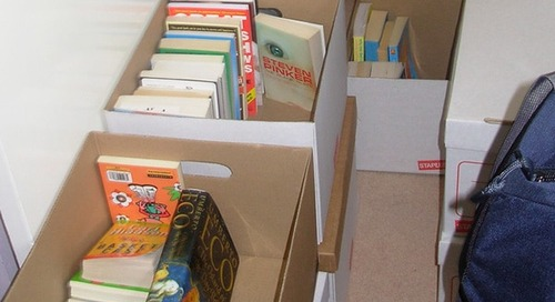What to pack in small boxes when moving
