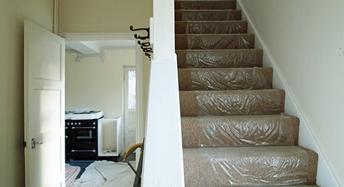How to protect stairs when moving