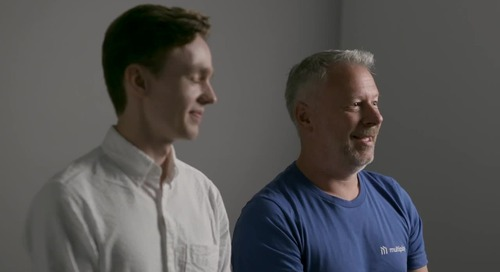 How did Apex Legends scale to 50 million players in 24 days?