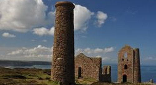 Wheal Coates, betwee