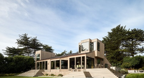 Inside and Out, This Renovated Sea Ranch Retreat Echoes its Coastal Surroundings