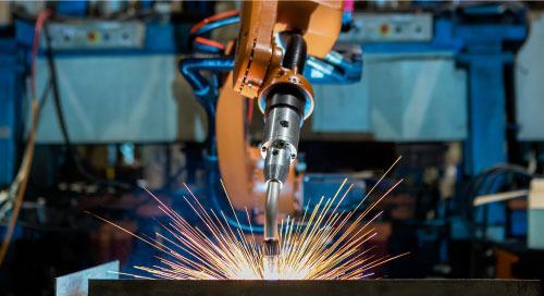 机械电焊臂,借助 AI 和 CV 检测缺陷