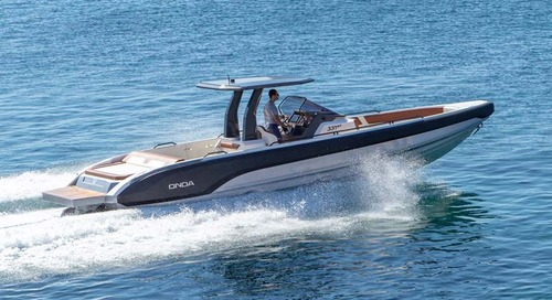 New Onda 331GT inboard at Cannes and Monaco yacht shows