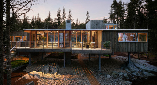 A Modern Wood-and-Concrete Cabin in Coastal Maine (20 photos)