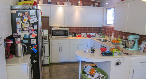 Kitchen of the Week: Minty Cabinets Transform This Dated Space (12 photos)