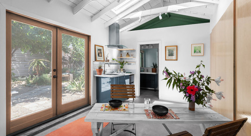 245-Square-Foot Garage Now a Breezy Garden Retreat (8 photos)