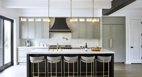 New This Week: 3 Wonderful White-and-Gray Kitchens (5 photos)