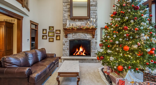 Show Us Your Twinkling Christmas Tree! (6 photos)