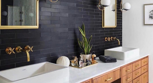 9 Ideas for the Space Between Double Sinks in the Bathroom (9 photos)