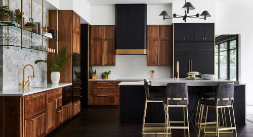 New This Week: 3 Kitchens That Stylishly Mix Dark and Light (3 photos)