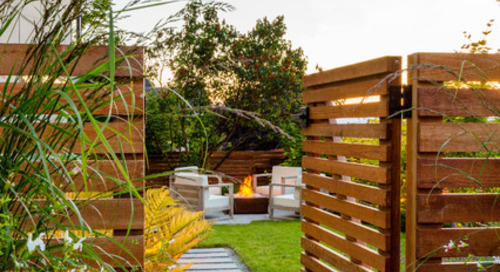 10 Fresh Ideas for Good-Looking Wood Fences (13 photos)