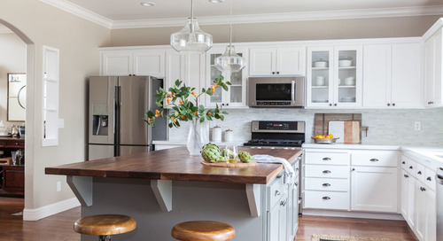 6 Kitchen Makeovers That Benefited From Refaced Cabinets (13 photos)