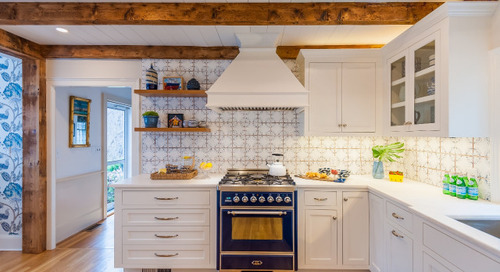 Hand-Painted Tile Inspires a Long-Awaited Kitchen Remodel (11 photos)