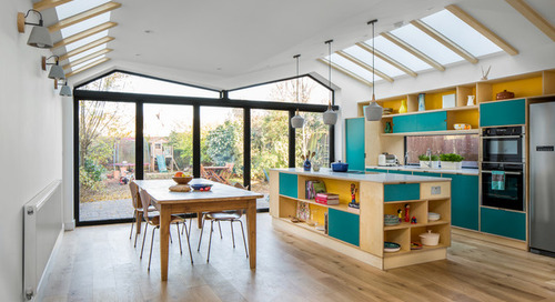 Open-Plan Kitchen Gains Light and a Connection to Nature (14 photos)