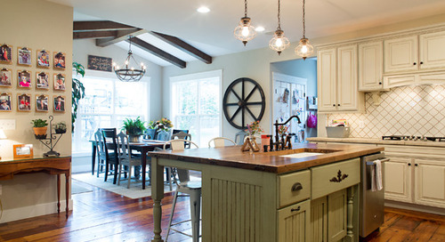 My Houzz: Reclaimed Wood and Vintage Finds in an Ohio New Build (27 photos)