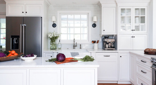 Kitchen of the Week: White, Wood and Wide Open (16 photos)